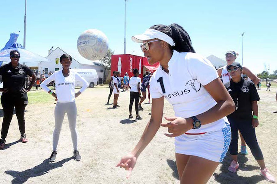 Zando Cape Town 10s and Laureus Host Coaching Clinic and Capping Ceremony with kids from the Coolplay Project